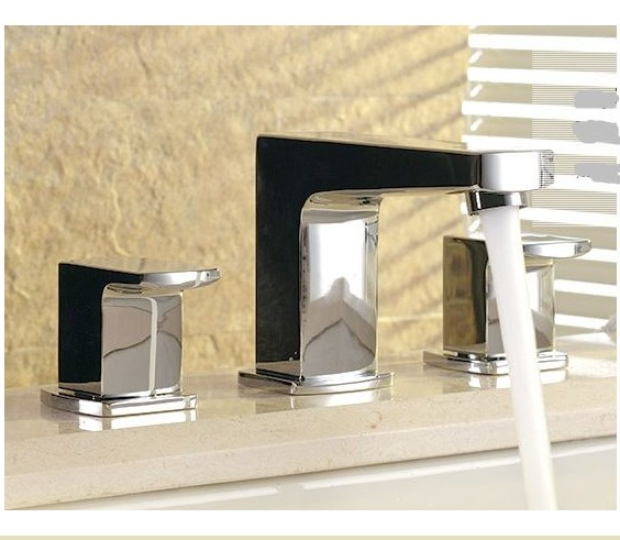 F7015 - Artos Safire Contemporary Widespread Faucet