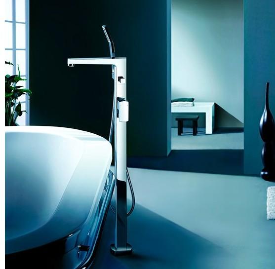 F7021 - Artos Safire Free Standing Tub Faucet w/handshower