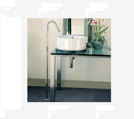 Lacava Minimal Floor Standing Faucet